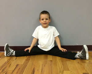 Introduces our youngest dancers to tap and hip hop in an upbeat setting.